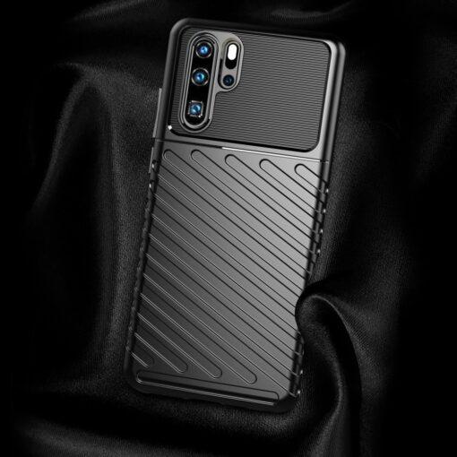 Huawei P30 Pro tugev silikoonist ümbris must värvi 2