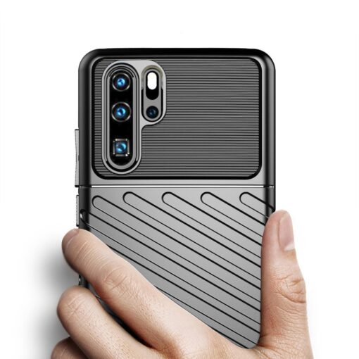 Huawei P30 Pro tugev silikoonist ümbris must värvi 3