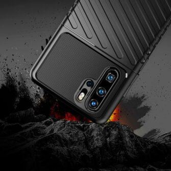 Huawei P30 Pro tugev silikoonist ümbris must värvi 4