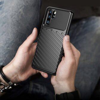 Huawei P30 Pro tugev silikoonist ümbris must värvi 6