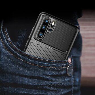 Huawei P30 Pro tugev silikoonist ümbris must värvi 7