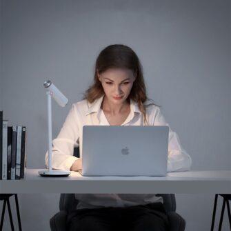 Laualamp kontorisse LED juhtmevaba valge 13