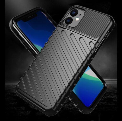 iPhone 11 tugev silikoonist ümbris musta värvi 1