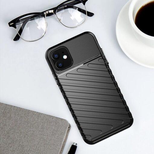 iPhone 11 tugev silikoonist ümbris musta värvi 9