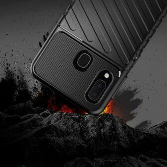 Samsung A20e ümbris silikoonist tugev must 6