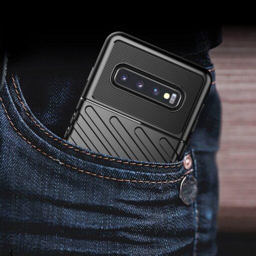 Samsung S10 ümbris tugev silikoonist must 15