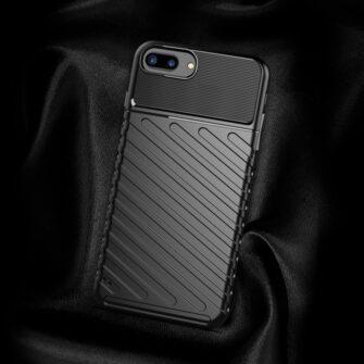iPhone 8 Plus silikoonist ümbris must tugev 3