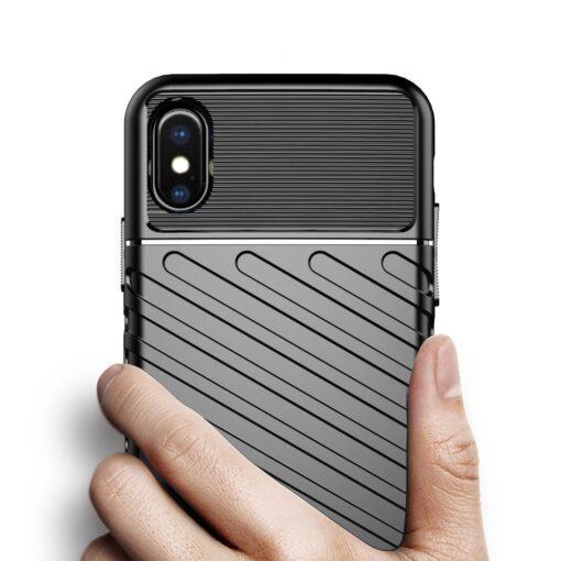 iPhone XS ümbris tugev silikoonist must 5