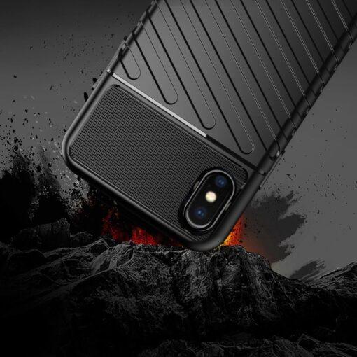 iPhone XS ümbris tugev silikoonist must 6