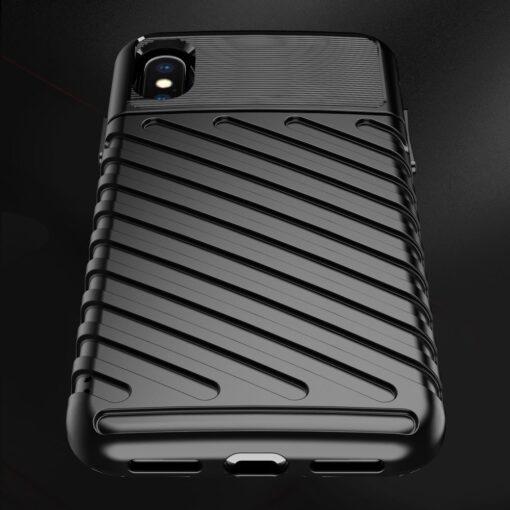 iPhone XS ümbris tugev silikoonist must 7