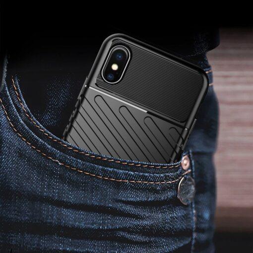 iPhone XS ümbris tugev silikoonist must 9