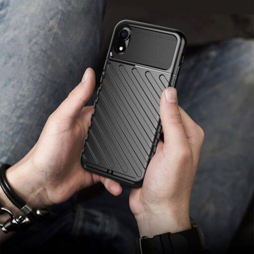 iPhone Xr tugev must silikoonist ümbris 4