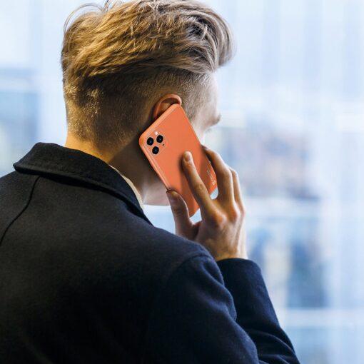 iPhone 11 Pro ümbris YOLO kunstnahast ja silikoonist servadega oranž 10