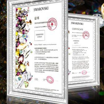 iPhone 12 iPhone 12 Pro ümbris Kingxbar Wish elastsest plastikust Swarowski kristallikestega kuldne 3