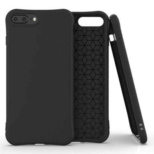 iPhone 7 ja 8 Plus ümbris silikoonist tugevdatud nurkadega must