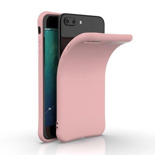 iPhone 7 ja 8 Plus ümbris silikoonist tugevdatud nurkadega punane 4
