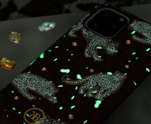 iPhone 11 umbris Kingxbar Forest Seeria Swarowski pimedas helendav tiger 9