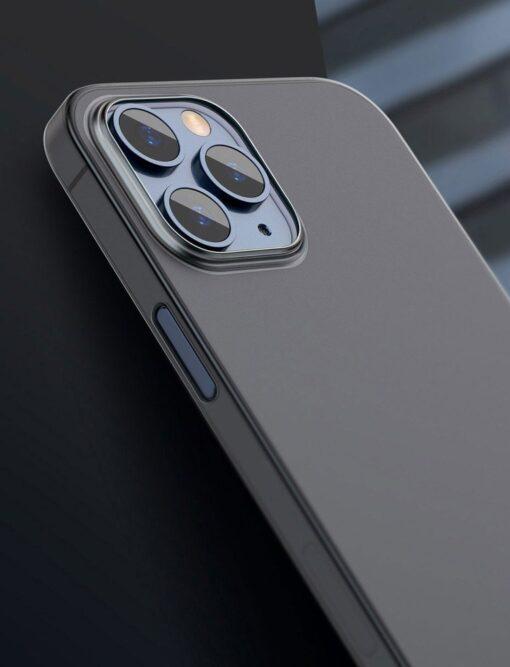 iPhone 12 12 Pro Baseus Wing Case Ultrathin plastikust umbris must 8
