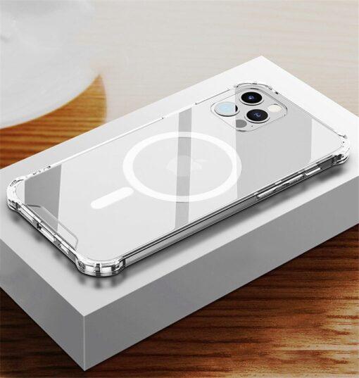 iPhone 12 12 Pro silikoonist MagSafe tugevdatud nurkadega kaaned labipaistev 9