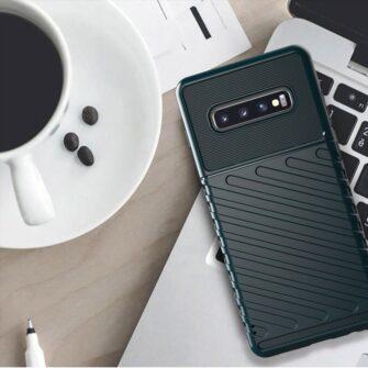 Samsung S10 Plus tugev umbris silikoonist must 5