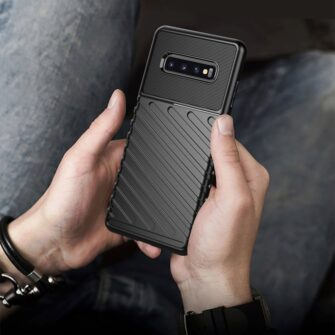 Samsung S10 Plus tugev umbris silikoonist must 8