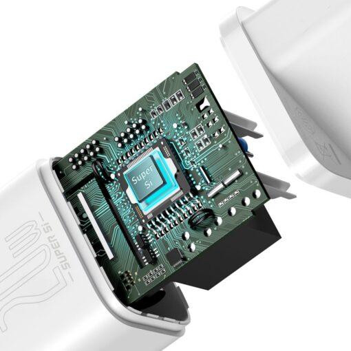 iPhone 12 seinadapter koos laadijaga 4