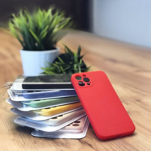 iPhone 12 Pro Max pehmest silikoonist umbris must 4