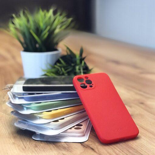 iPhone 12 Pro pehmest silikoonist umbris roosa 4