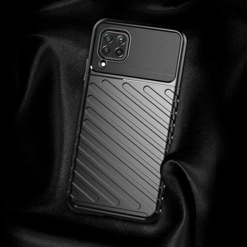 Huawei P40 Lite tugev umbris Thunder silikoonist must 11