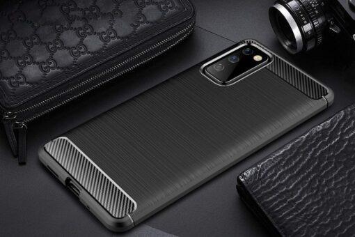 Samsung S20 FE umbris silikoonist Carbon must 1