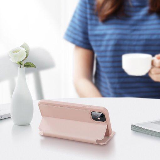 iPhone 11 kunstnahast kaaned kaarditaskuga DUX DUCIS Skin Pro roosa 4