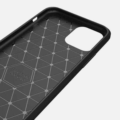iPhone 11 umbris silikoonist Carbon must 4