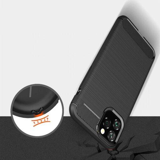 iPhone 11 umbris silikoonist Carbon must 5
