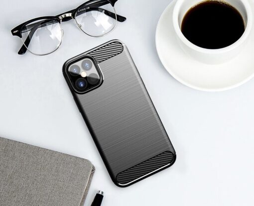 iPhone 12 Pro Max umbris silikoonist Carbon must 2