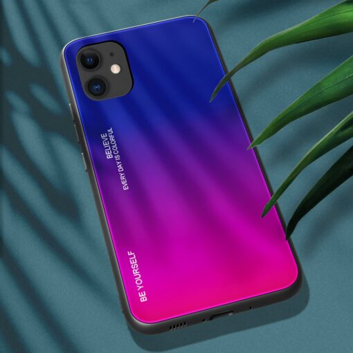 iPhone 12 ja 12 Pro umbris gradient roosa lilla 2