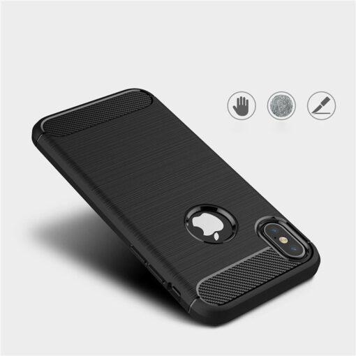 iPhone X XS umbris silikoonist Carbon must 2
