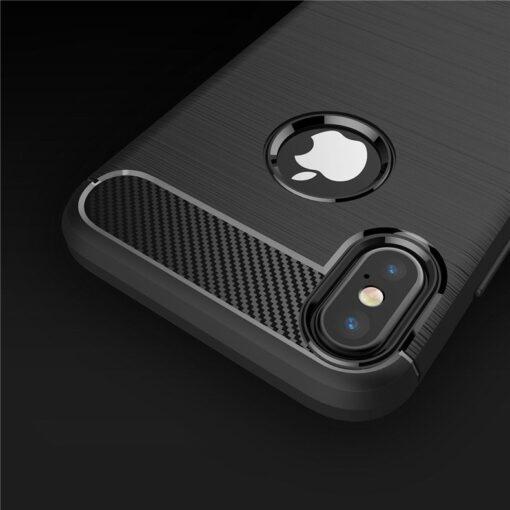 iPhone X XS umbris silikoonist Carbon must 3