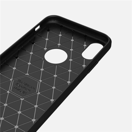 iPhone X XS umbris silikoonist Carbon must 4