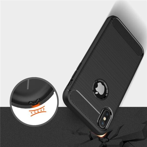 iPhone X XS umbris silikoonist Carbon must 5