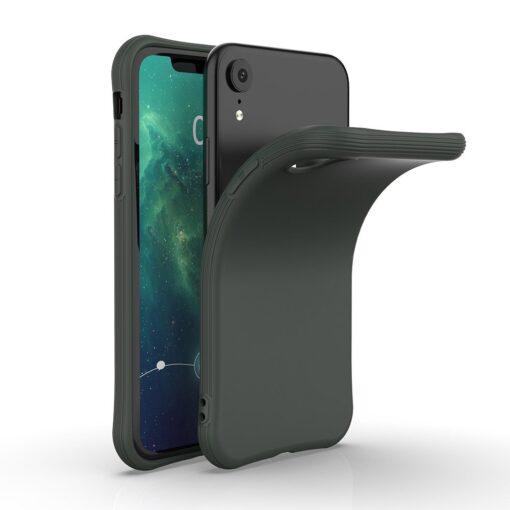 iPhone XR tugevdatud nurkadega silikoonist umbris tumeroheline 4
