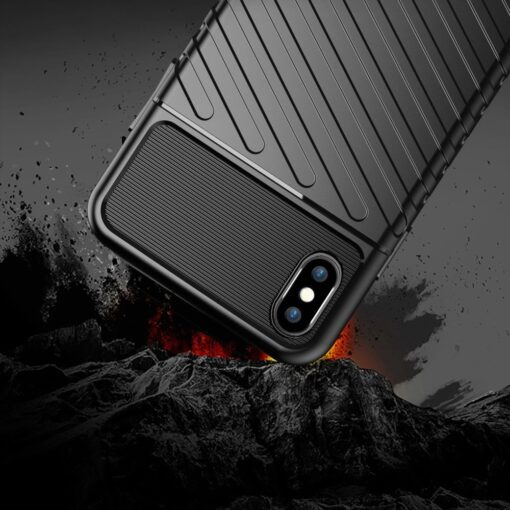 iPhone XS Max tugev umbris Thunder silikoonist must 3