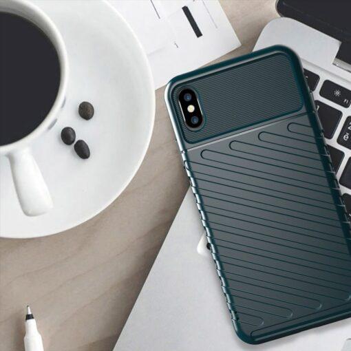 iPhone XS Max tugev umbris Thunder silikoonist must 4