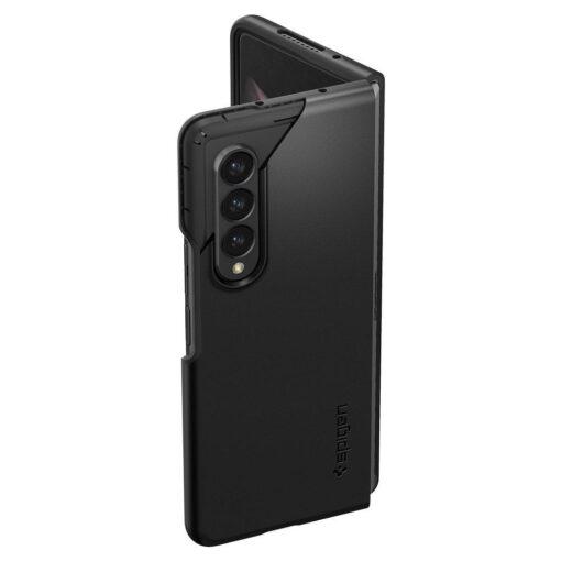 Samsung Galazy Z Fold 3 kaaned Spigen plastikust must 10