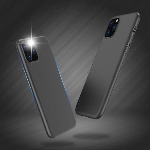 iPhone 11 Pro Max matt silikoonist umbris must 7